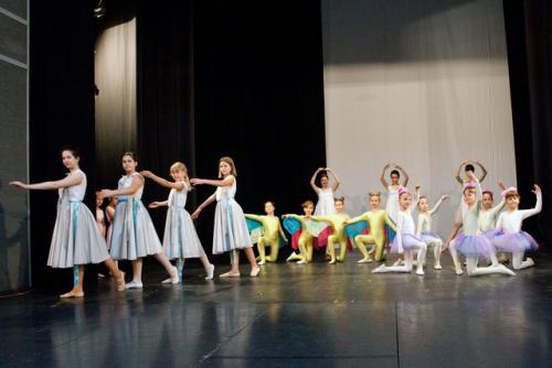 www-djecje-kazaliste-hr snjeguljica i sedam patuljaka baletni studio 003