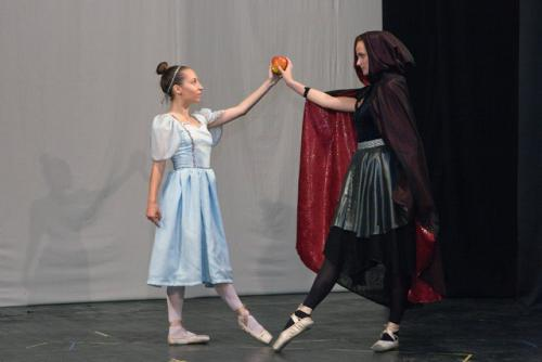 www-djecje-kazaliste-hr snjeguljica i sedam patuljaka baletni studio 041