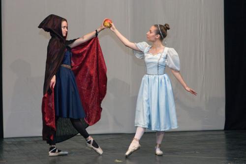 www-djecje-kazaliste-hr snjeguljica i sedam patuljaka baletni studio 042
