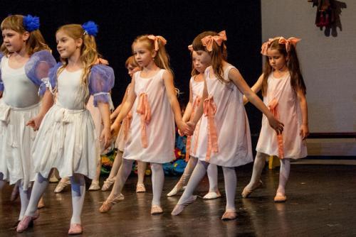 dkos baletni-studio-2014 baletni-kolaz 031