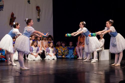 dkos baletni-studio-2014 baletni-kolaz 040