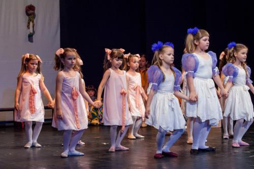 dkos baletni-studio-2014 baletni-kolaz 051