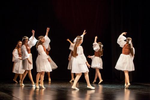 DKOS godisnja produkcija baletnog studija 2015 070