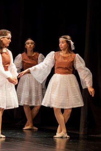 DKOS godisnja produkcija baletnog studija 2015 072