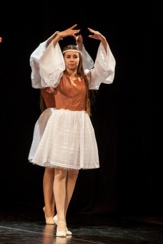DKOS godisnja produkcija baletnog studija 2015 076