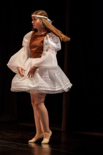 DKOS godisnja produkcija baletnog studija 2015 080