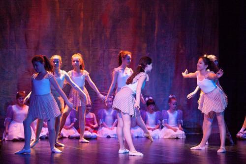 DKOS godisnja produkcija baletnog studija 2015 106