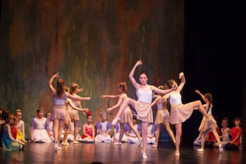 DKOS godisnja produkcija baletnog studija 2015 111