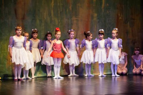 DKOS godisnja produkcija baletnog studija 2015 132