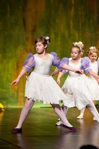 DKOS godisnja produkcija baletnog studija 2015 142