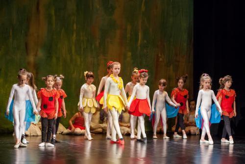 DKOS godisnja produkcija baletnog studija 2015 159