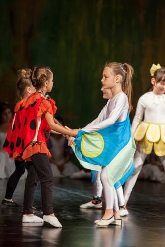 DKOS godisnja produkcija baletnog studija 2015 164