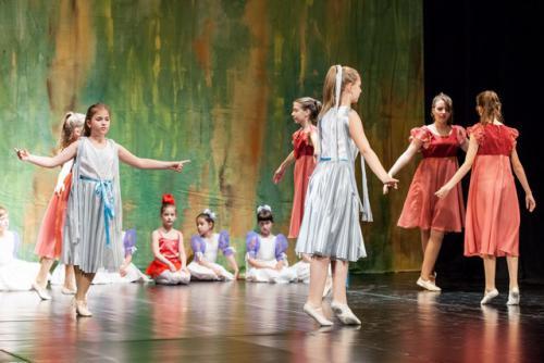 DKOS godisnja produkcija baletnog studija 2015 206