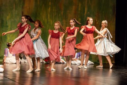 DKOS godisnja produkcija baletnog studija 2015 211